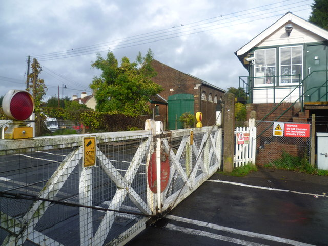 Level crossing at Wateringbury