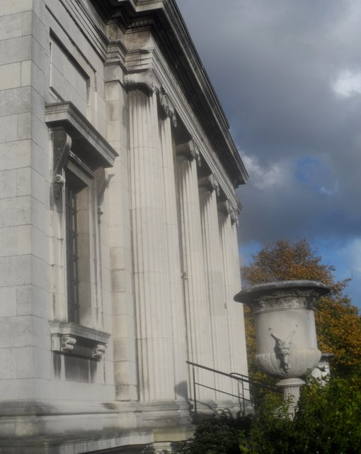 Southern frontage of Lady Lever Art Gallery