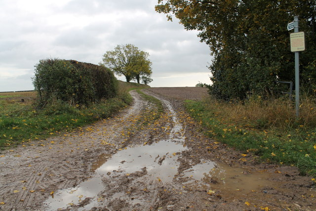 Entrance to Restricted Byway off Ashbourne Road