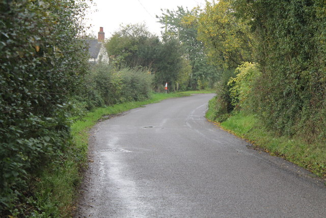 A bend in Ashbourne Road