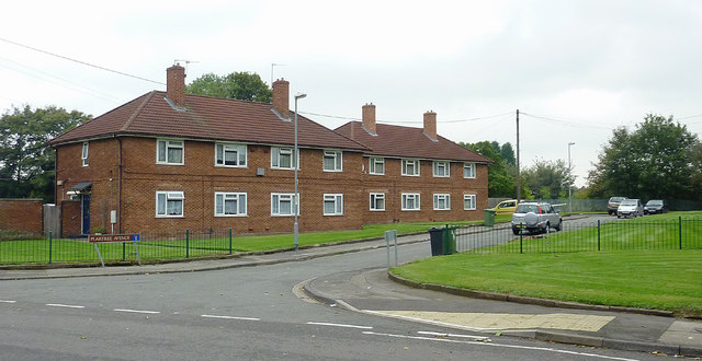 Housing in Peartree Avenue, Willenhall, Walsall
