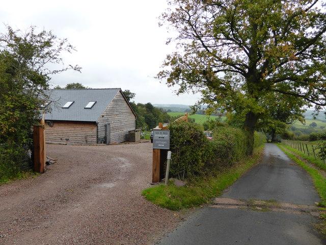 Entrance to Toi et Moi French restaurant above Holling Grange