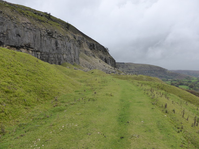 Walking below the quarries above Llangattock