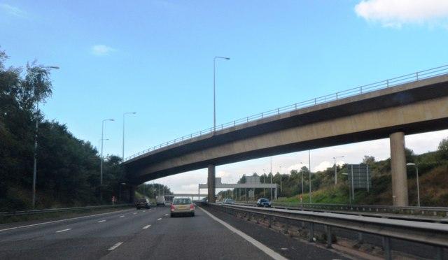 M42 Slip road crosses the M5