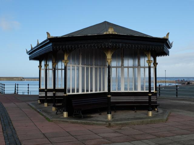 Shelter on Marine Promenade, New Brighton