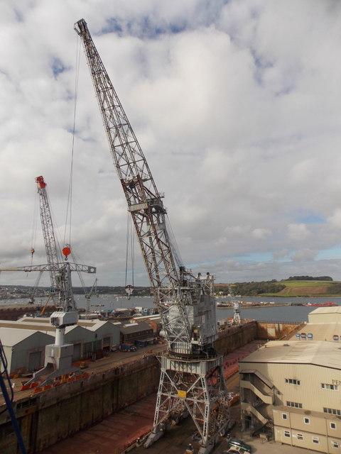 Falmouth: large dockyard crane