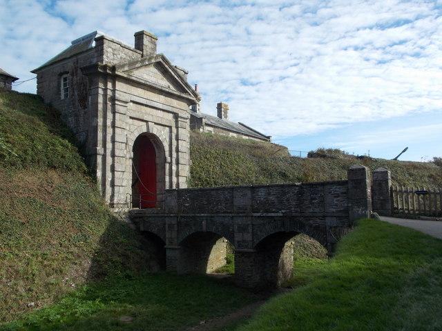 Falmouth: Pendennis Castle entrance