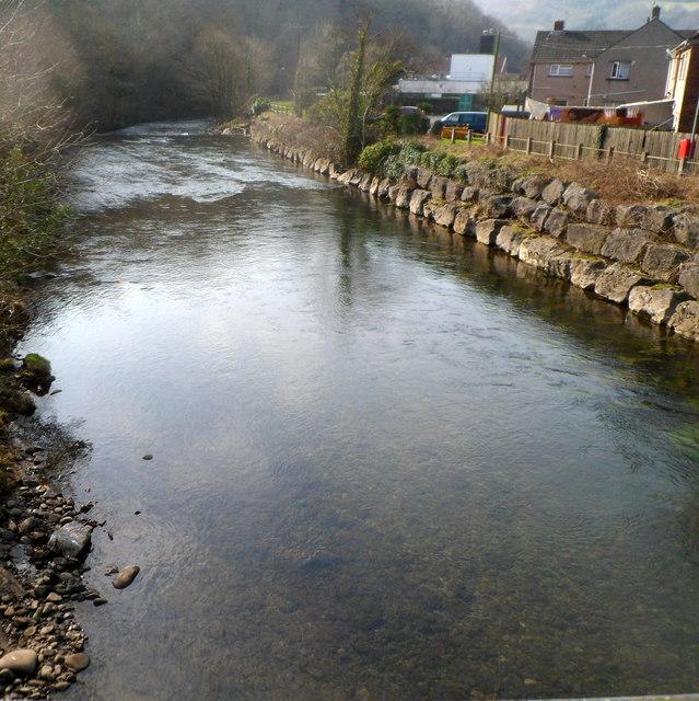 Afon Afan flows away from Ynysygwas Hill bridge, Cwmavon
