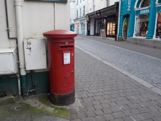 Falmouth: postbox № TR11 9, Church Street