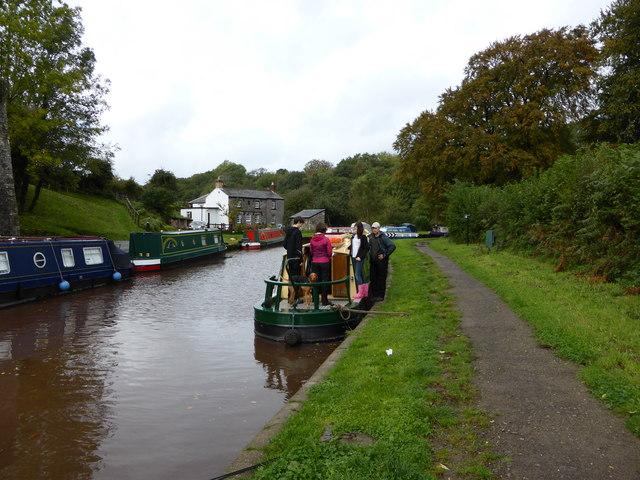 The Mon. & Brec. Canal at Llangattock