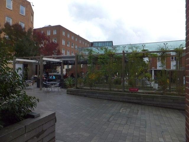 Open-air coffee shop, Exeter city centre