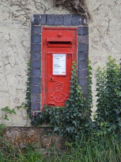 Edward VII Postbox