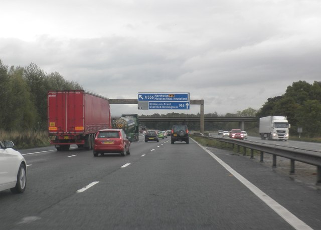 Traffic at a standstill on the M6 (south)