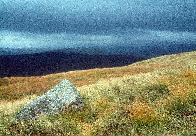 The grassy ridge of Black Craig