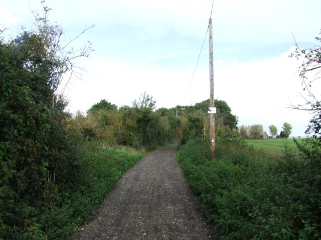 Byway leading to Little Murston