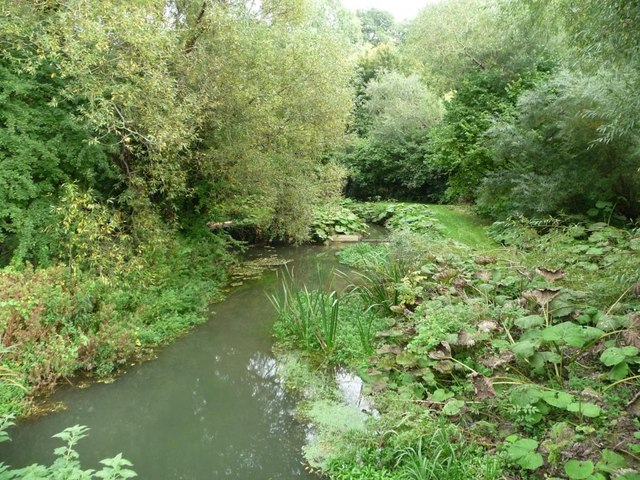 River Dun, east of the Kennet & Avon canal