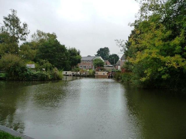 Weir stream, Kintbury