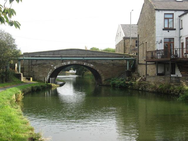 Hapton Bridge, Leeds & Liverpool Canal