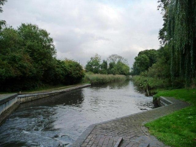 Kennet & Avon canal, below Widmead Lock [no 89]
