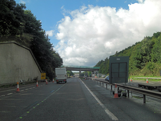 M54 approaches Dawley Road overbridge