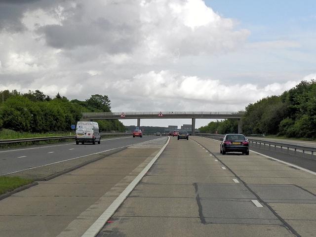 M20, Button Street Bridge