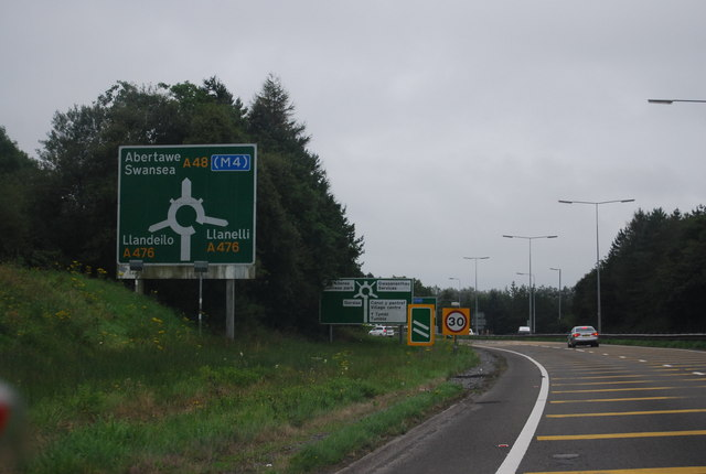 Approaching a roundabout, A48
