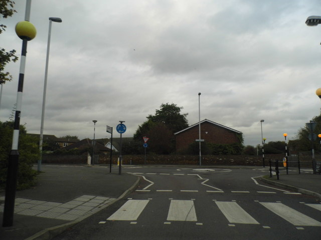 Roundabout at the end of Harmondsworth Lane, Sipson