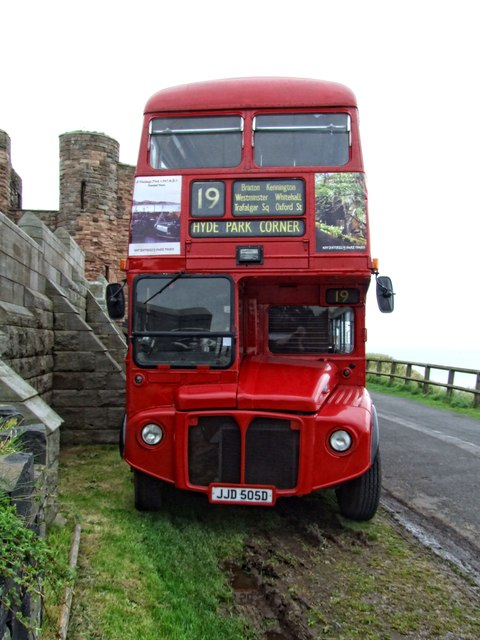 London Bus, Bamburgh