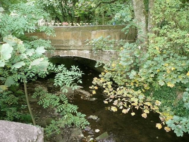 Bridge carrying Ellistones Lane over Black Brook