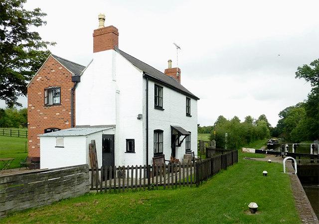 Newton Top Lock cottage near Newton Harcourt, Leicestershire