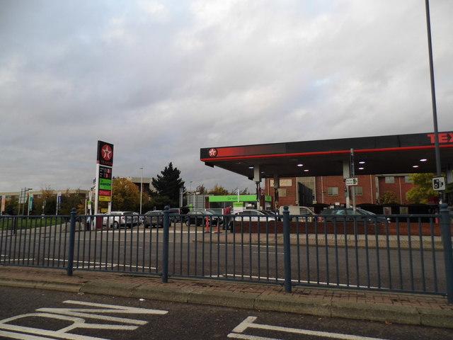 The Texaco filling station on Bath Road, Harmondsworth