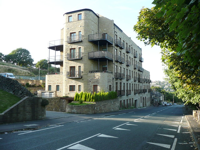 Burrwood Court, Stainland Road