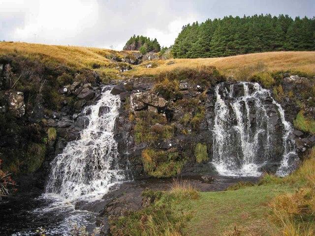 Waterfall in Allt an Fhamhair