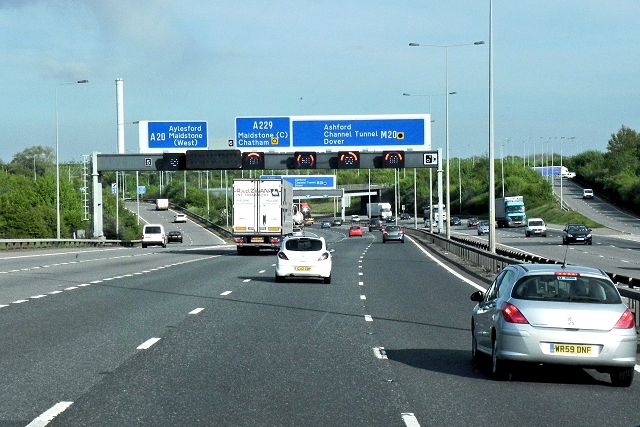 Junction 5, Southbound M20