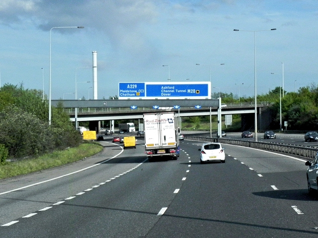 Southbound M20 at Junction 5