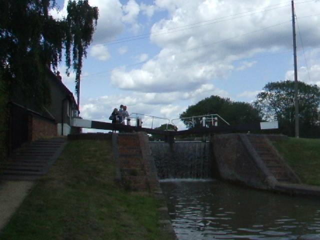 Lock 16, Grand Union Canal