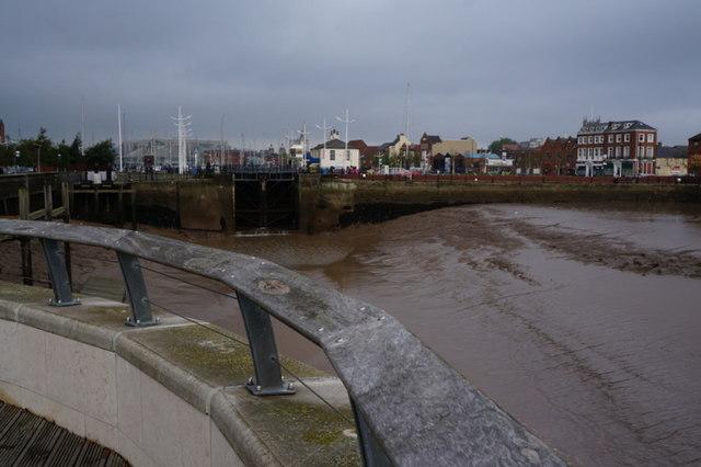 Looking towards Hull Marina