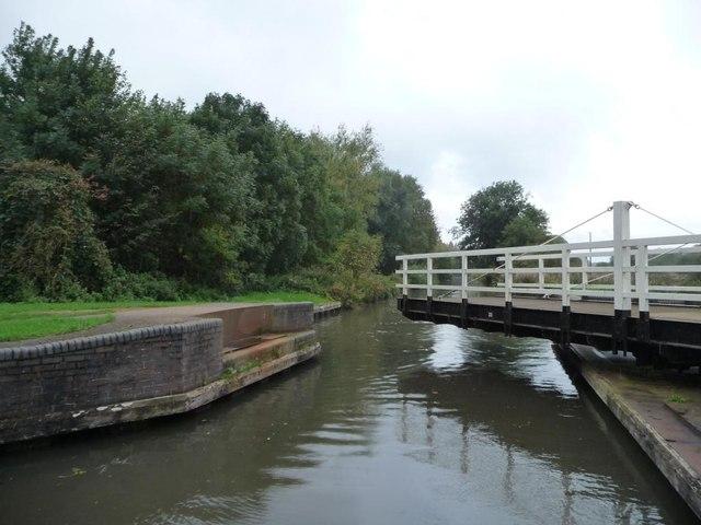 Oxlease swingbridge [no 33]