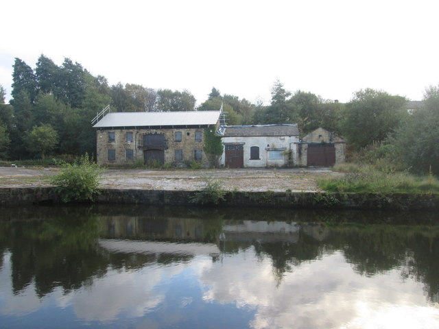 Derelict buildings at the site of Finsley Dockyard