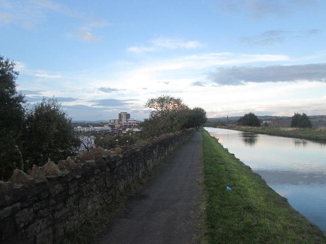 Canal embankment, Burnley