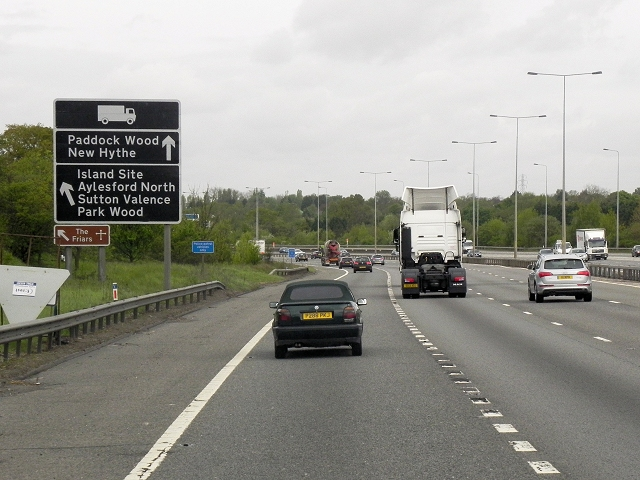 Northbound M20 near Sandling