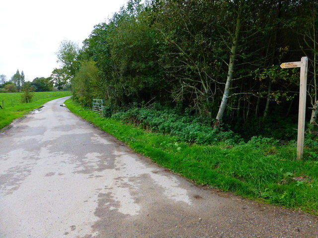 Footpath to Moor Farm north of South Ambersham