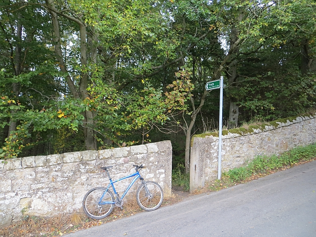 Path to Gore Glen