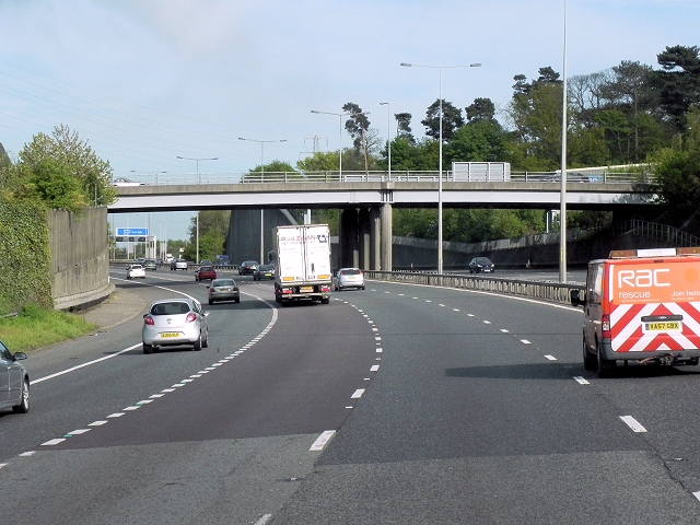 Southbound M20 Approaching Boxley Road Bridge