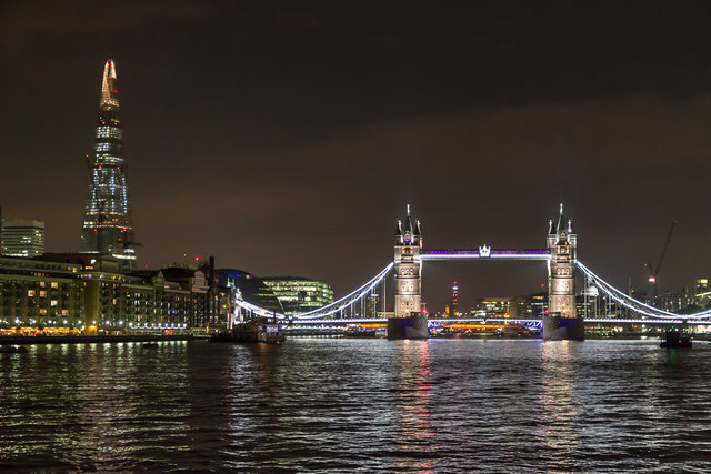 Tower Bridge, London SE1