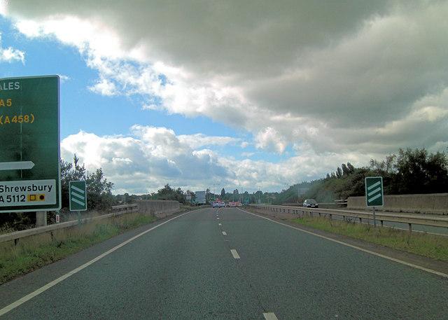 A5 crosses the railway mainline