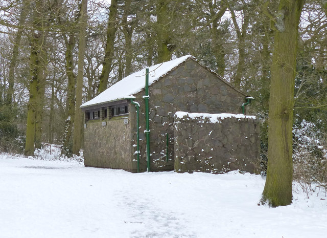Toilet block at Hunt's Hill