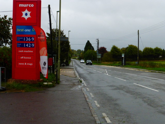 View east on the A417 from the petrol station at Rowstock