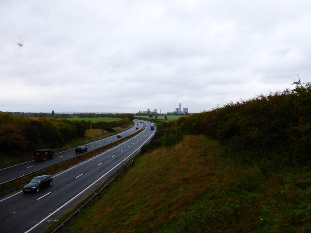 Looking north on the A34 from the A417 bridge