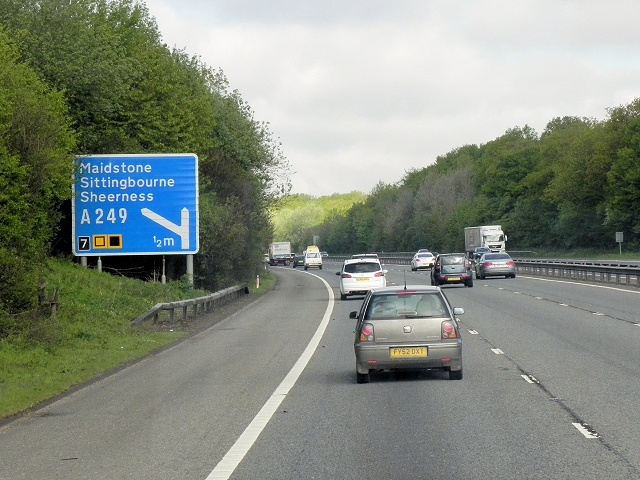 Northbound M20, Honeyhills Wood